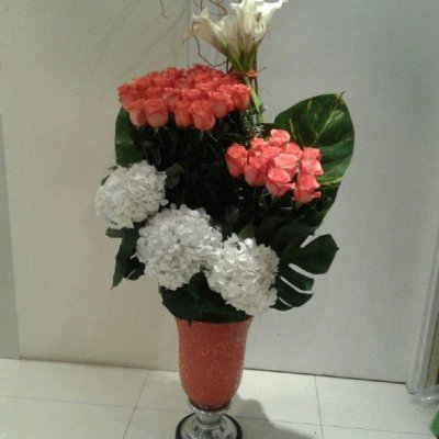 For newly wed arrangement 150